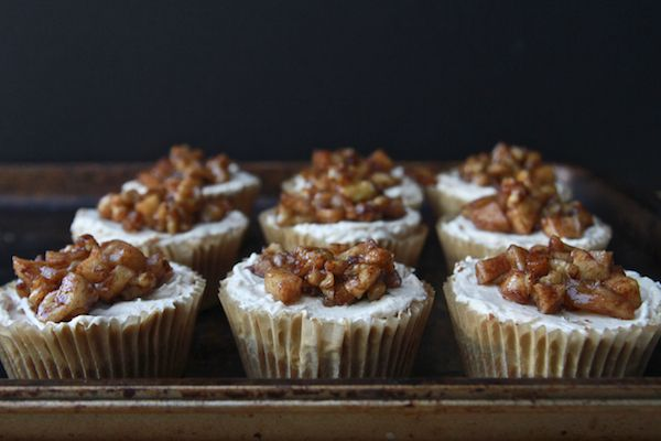 Mini Apple Pie Cheesecakes | Shutterbean