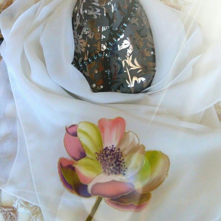حجاب شيفون على حرير للبيع في الامارات رسم يد  #حجاب#شيلة Handcrafted hijabs for sale #scarf #hijab #handmadeDubai 80 AED