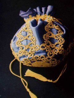 Very elegant reticule and gorgeous colors. Can be used as a tatting project bag.: