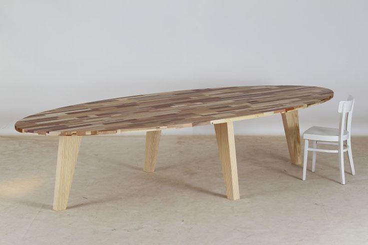 Voor de KNVB maakten we deze tafel , 350x150 cm ovaal , met onder een klep alle usb en stroom ! made / Loosbroek BY Herso