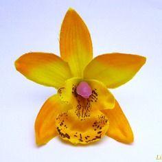 Fleur artificielle orchidée fine pétale dégradé jaune 7,5cm pour barrette cheveux  x1