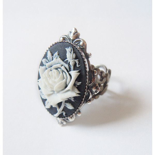 Ice Queen's Rose Elegant Gothic Lolita Ring (€28) ❤ liked on Polyvore featuring jewelry, rings, filigree jewelry, rose jewelry, adjustable rings, gothic jewellery and goth r