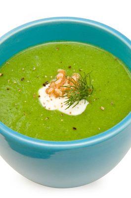 Velouté de brocolis à la truffe : Nos recettes de soupes | FemmesPlus