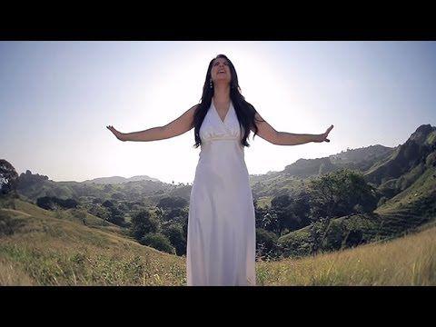 Huellas De Fuego - Amarte Con Locura - Video Oficial HD - Música Católica - YouTube