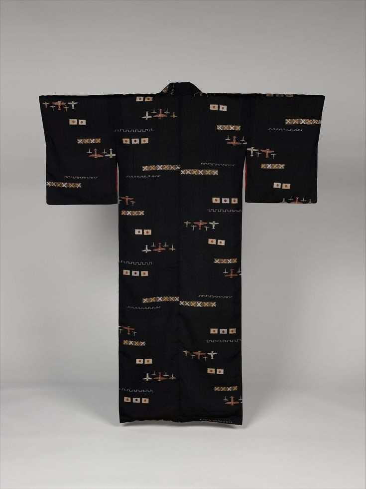 黒地絣戦闘機日の丸模様着物|Woman's Kimono with Planes and Hinomaru Flags, Asian Art Medium: Silk (kasuri) with gold thread Purchase, Friends of Asian Art Gifts, 2014 Metropolitan Museum of Art, New York,...