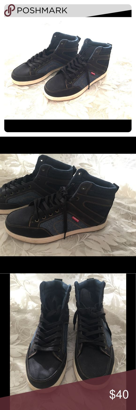 Size 9.5 Men's Levi's Jeffrey Casual Shoe Jeffrey casual shoe from Levi's , high top sneakers, the Jeffrey casual shoe sports a sturdy canvas upper with denim underlays. Like new been wore foe a couple times only, has a signs of normal wear condition. Levi's Shoes Sneakers