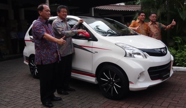 Toyota Avanza Luxury Lebih Mahal Rp 6 dan 5,5 Juta - Vivaoto.com - Majalah Otomotif Online