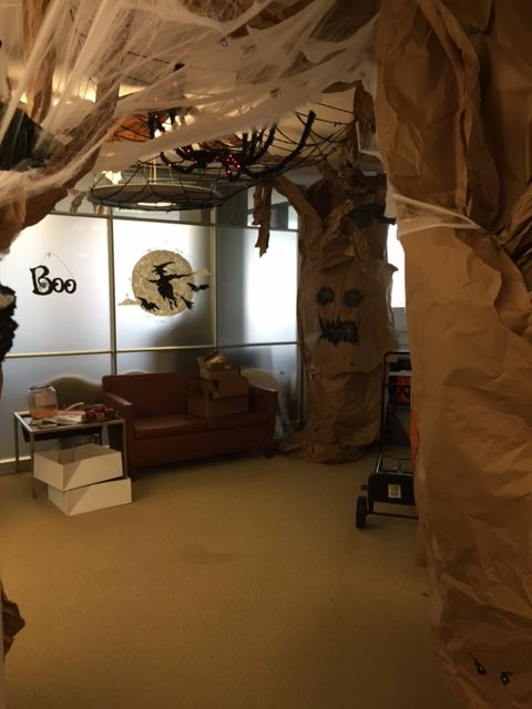 halloween office cubicle