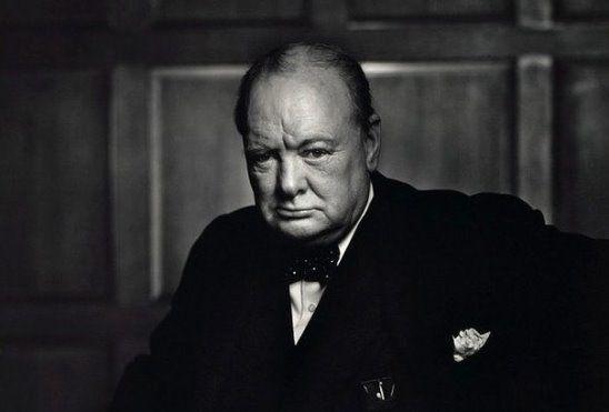 Ни одно слово, летящее в твой адрес, не должно менять твое мнение о себе.  © Уинстон Черчиль