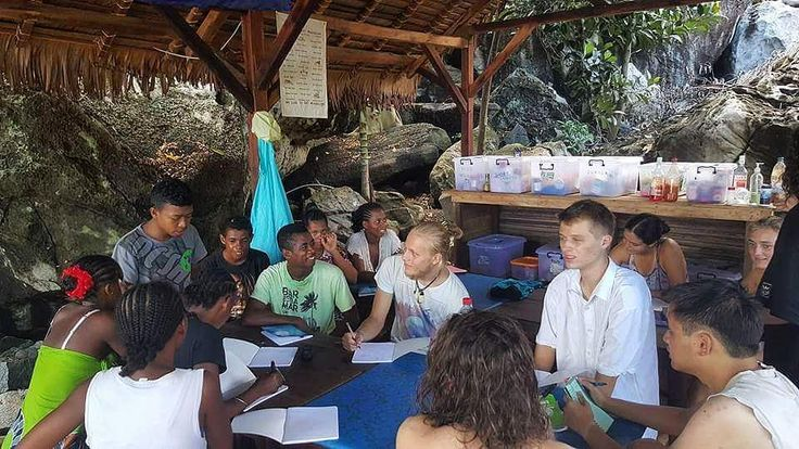 English and Malagasy lessons going on here at Turtle Cove. Our local staff teaching Malagasy to our volunteers. Volunteers teaching English to the locals. Great day to become bilingual!  #madagascarvolunteer
