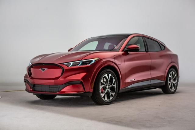 2021 Ford Mustang Mach E Electric Suv Officially Revealed Ford Mustang E Electric Suv