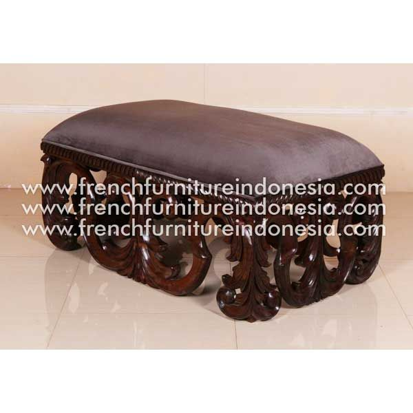 Order French Madelaine Centre Sofa from French Furniture. We are reproduction Furniture manufacture with French style good quality and classic furniture style. #ReproductionFurniture #JeparaFurniture #HomeFurniture #FurnitureOnline #WoodenFurniture