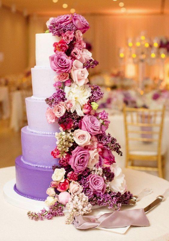 Featured Photographer: Olivia Leigh Photographie; Wedding cake idea.