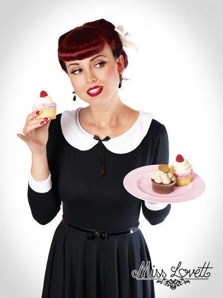 Stretchkleider - WEDNESDAY_01 Schwarz/Weiß Bubikragen Kleid Spitze - ein Designerstück von MissLovettShop bei DaWanda