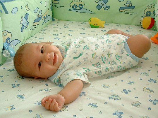 Matratze im Babybett und plötzlicher Kindstod !  HIER LESEN: http://www.mamiweb.de/familie/matratze-im-babybett-und-ploetzlicher-kindstod/1  #matratze #ploetzlicherkindstod #kindstod #babymatratze #baby #babys #säugling #babyentwicklung