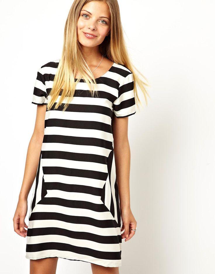 Vero+Moda+Monochrome+Stripe+T-Shirt+Dress
