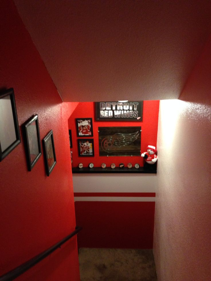 The Stairway To The Man Cave Red Wings Hockey Love In 2019 Man Cave Red Wings Hockey Cave