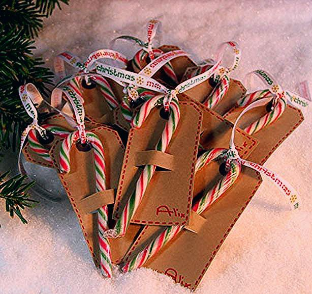 Candy Cane Gift Tags Ideas For Fun And Creative Diy Christmas Gift Tags Christmas Gift Tags Diy Candy Cane Gifts Christmas Wrapping