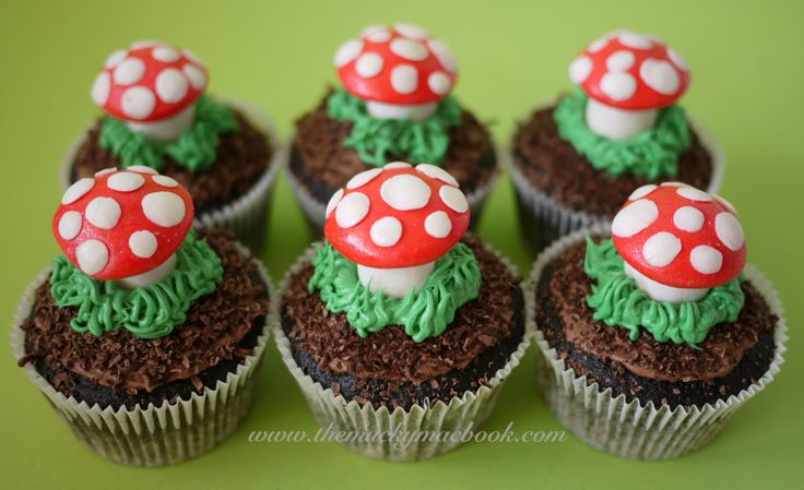 woodland party ideas | These were made using (from the bottom to the top), chocolate cupcakes ...