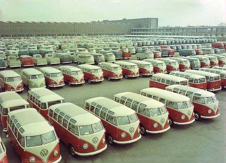 84 best vw dreamin 39 images on pinterest vw beetles vw bugs and vintage cars. Black Bedroom Furniture Sets. Home Design Ideas