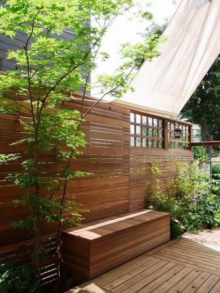 お庭(ガーデン)で楽しめるプライベート空間のための目隠しフェンス ザ・シーズン吉祥寺店