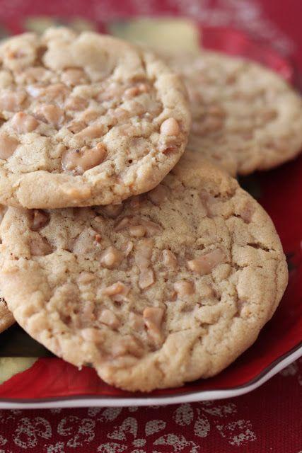 Heath Bits Peanut Butter Cookies