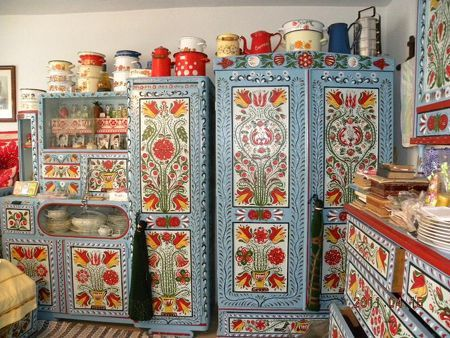 Hand painted room from Transylvania