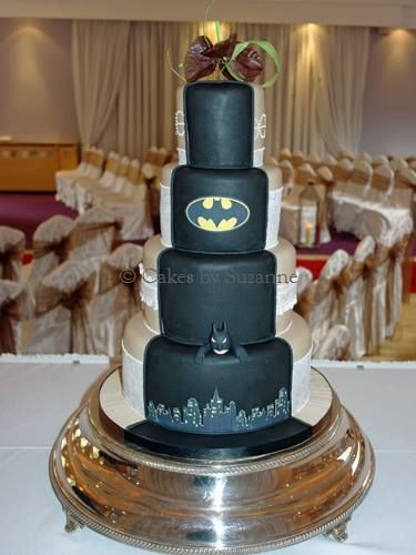 Half traditional, half batman wedding cake