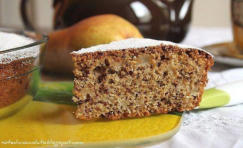 torta alle pere e noci con farina di mais