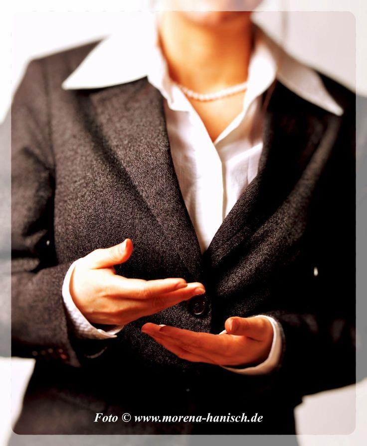 """""""Aufmerksam zuhören ist das beste Kompliment für den Sprecher."""" (unbekannt)"""