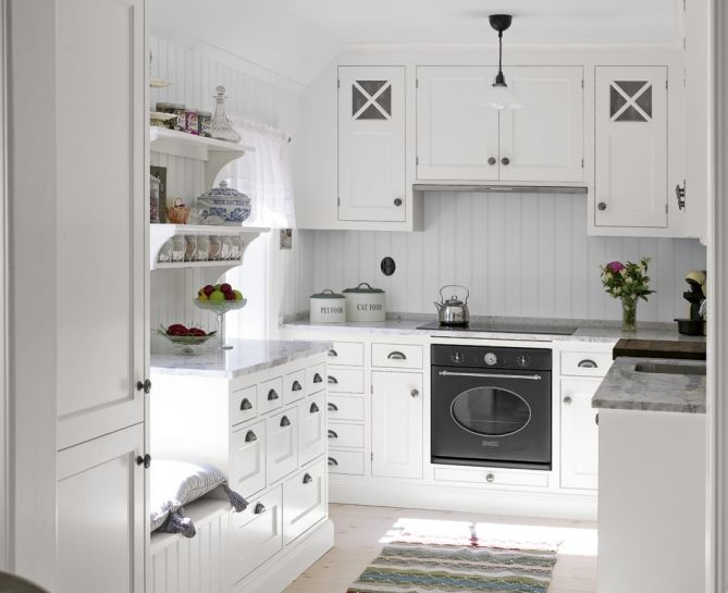 Broby dunvit 2 | Tradition | Produkter | Kvänum Can I have a kitchen like this in my small space?