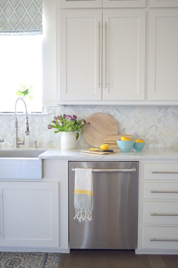 best 25+ lemon kitchen decor ideas on pinterest | lemon kitchen