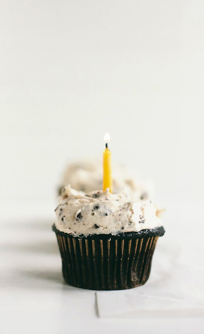 Yummy Chocolate Chip Frosting Recipe by Vanilla Bean Blog for Handmade Charlotte