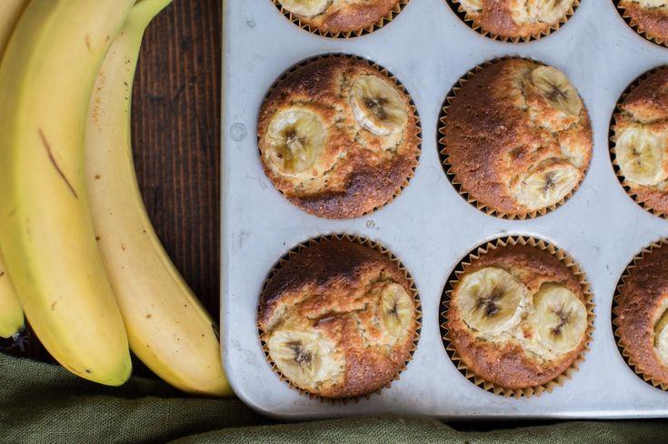 Enkla och goda bananmuffins är aldrig fel!