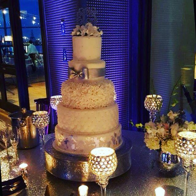 Gorgeous Wedding Cake In Savannah Ga!