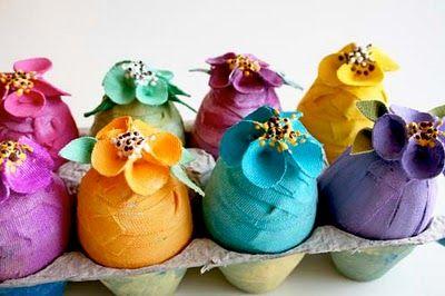 Canvas Eggs DIYPlastic Eggs, Alisa Burke, Eggs Free, Colors Canvas, Easter Eggs, Eggs Tutorials, Canvas Eggs, Felt Flower, Canvases