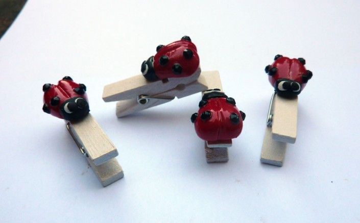 Clothespins with #ladybug in #polymer #clay #handmade - Mollette con coccinella in fimo fatto a mano
