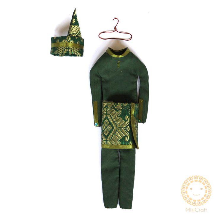 Riau traditional costume