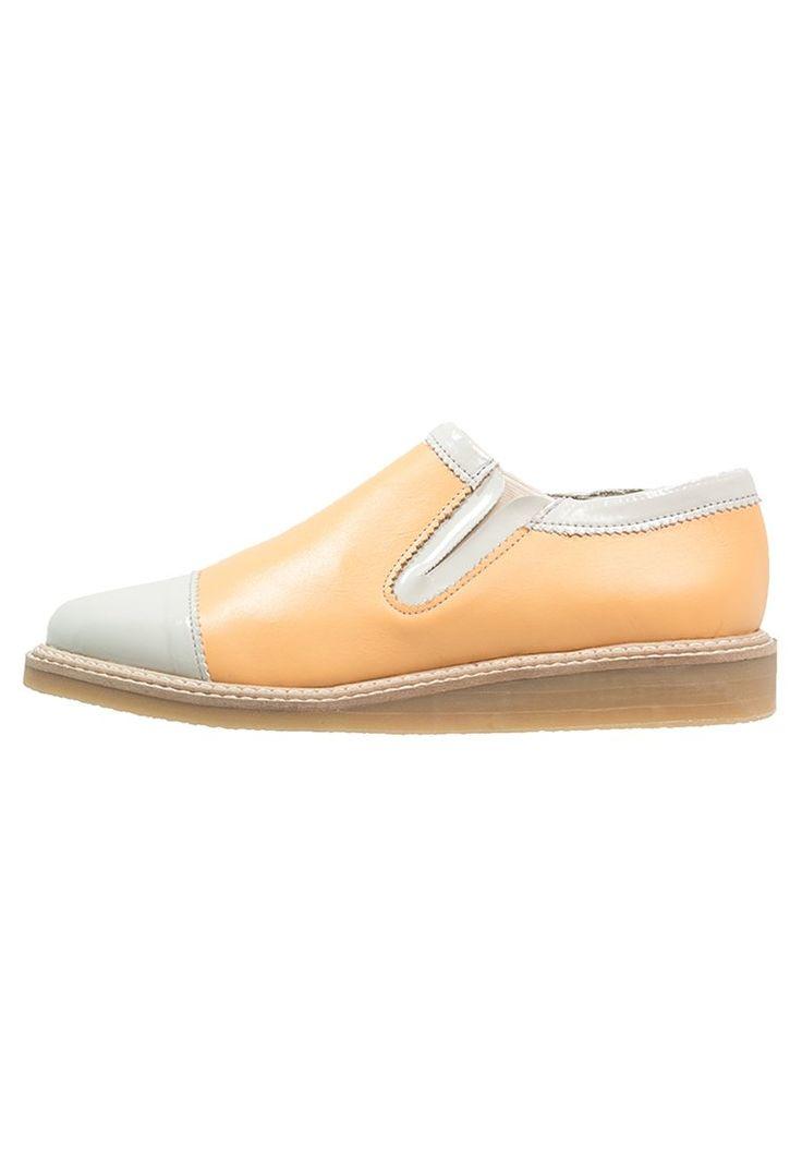 Shoeshibar CHIC Półbuty wsuwane yellow
