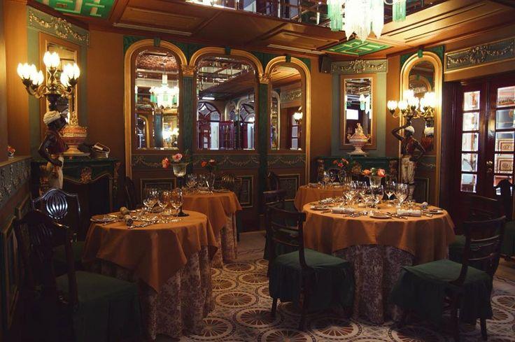 All set up ✨ #lunchatchaminerussa #finedining #boutiquerestaurant #tabledecor #almoçotop #oliveiradohospital #visitportugal