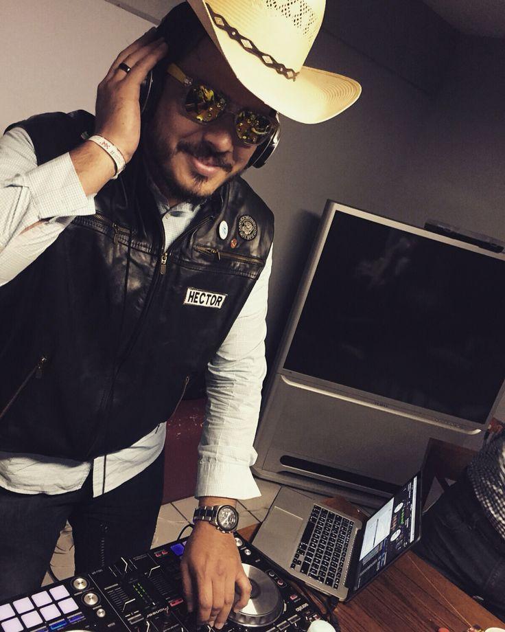 Sí señor, yo soy de rancho.