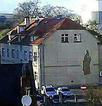 Dom Katechetyczny(WIDOK Z GÓRY ZAMKOWEJ) za Probostwem.