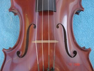 "Manuel Toro Luthier: Viola 42 ""Centaura"", pertenece a Carolina Muñoz"