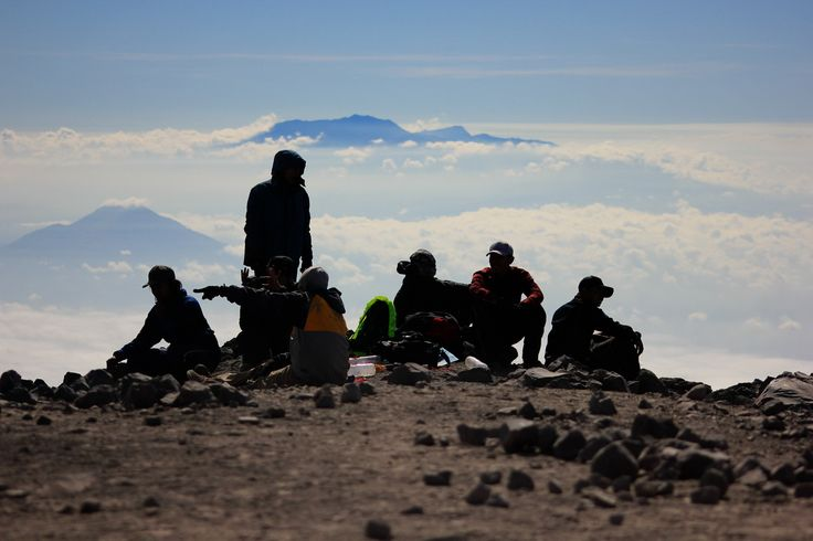 Semeru Mountain stay together team