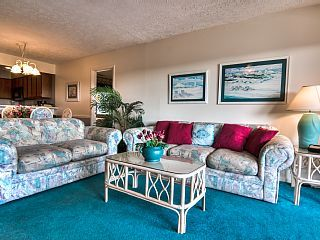Steps+to+Beach+Beauty,+Large+Pool+and+Perfect+Fall+Weather+with+Great+Rates!+++Vacation Rental in Grand Strand - Myrtle Beach Area from @homeaway! #vacation #rental #travel #homeaway