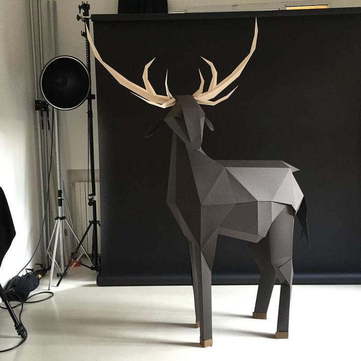 "Gefällt 338 Mal, 6 Kommentare - Mauro Seresini (@mauroseresini) auf Instagram: ""#mauroseresini #papercraft #paper #paperart #memem #picame #fmphotographers #lgenpaper #art"""