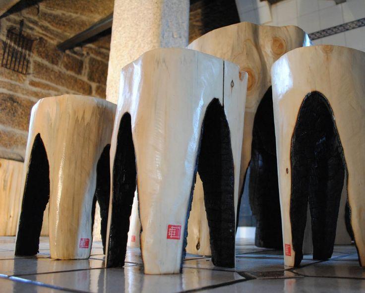 Tuya 23 - Enrique Gil Mueble realizado de manera artesanal de madera de Tuya