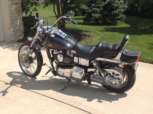 2002 Harley Davidson Dyna Wide Glide, Price:$8,750. Lemont, Illinois #harleydavidsons #harleys #dyna #wideglide #motorcycles #hd4sale