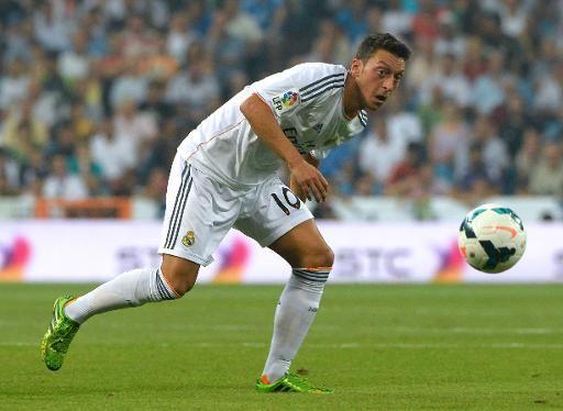 """FOOTBALL -  Podolski: """"avec Özil, on va secouer Arsenal"""" - http://lefootball.fr/podolski-avec-ozil-on-va-secouer-arsenal-2/"""
