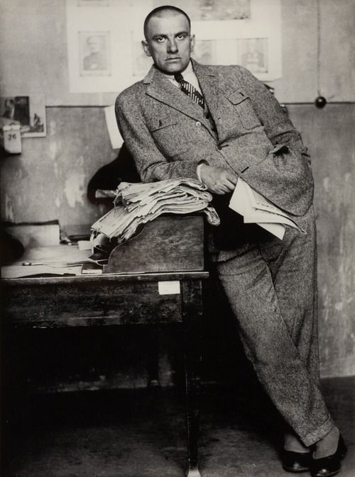 Vladimir Mayakovsky in Redaktion / in editorial office, Moscow 1927 -by Alexander Rodchenko [+] [+] 2 tumblr. about Mayakovsky: Not as the light of dead stars reaches you [VG - focus on writings] Our Mayakovsky [pretty nice collection - weak on sources] photo from WestLicht